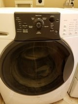 Stackable Kenmore elite HE3 Front Load Washer &Gas Dryer in Kingwood, Texas