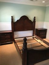 Rooms to go queen bed set PRICE DROP in Conroe, Texas