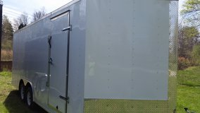 8-1/2' X 24' Enclosed Trailer - V - 3500# Axles in Fort Campbell, Kentucky