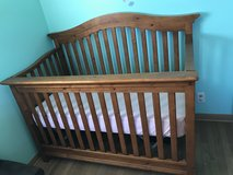 Crib set in Batavia, Illinois