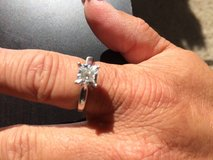 Kay Jewelers solitaire ring 10kt white gold in Yucca Valley, California