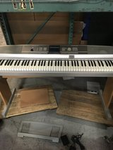 Yamaha DGX-505 Portable Keyboard in Bartlett, Illinois