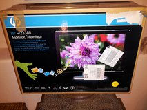 """HP 23"""" Monitor Model: w2338h, in great working condition, in orig. box in MacDill AFB, FL"""