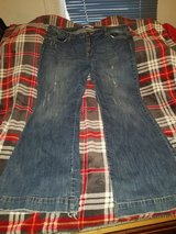 WOMENS STYLISH JEANS SIZE 18 in Kansas City, Missouri