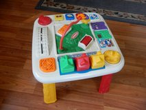Playskool toddler Activity Table in Glendale Heights, Illinois