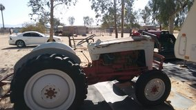 1953 Ford 8N Tractor in 29 Palms, California