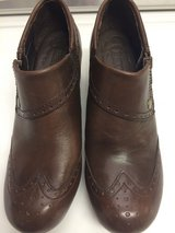 Born Leather Shoes Women's  (7.5) New in Okinawa, Japan