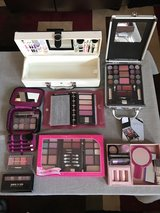 New Makeup Palettes in Travis AFB, California