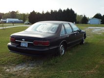 1993 Cevrolet Caprice Classic with 350 LT1  Heavy Duty suspension  Police model in Camp Lejeune, North Carolina