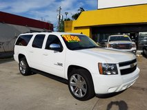 2013 CHEVY SUBURBAN **LEATHER, 22s, FINANCING AVILABLE** in Bellaire, Texas