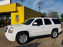 2007 GMC YUKON **20s, LEATHER, FINANCING AVAILABLE** in Bellaire, Texas