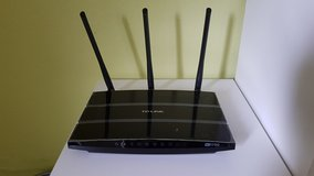 TP Link AC1750 dual band wireless gigabit router in Ramstein, Germany