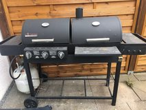Brinkmann 810-3802-S Dual Function II Propane Gas and Charcoal Grill in Stuttgart, GE