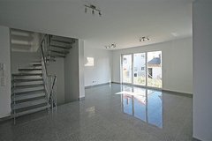 Luxurious and very modern Duplex in Frickenhausen - No school bus zone - in Stuttgart, GE