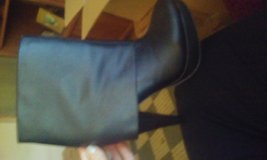 Maurices size 7 boots black in Cochran, Georgia