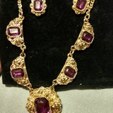Jewelry set in Indianapolis, Indiana
