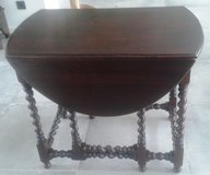 Antique French gateleg table around 1880 in Ramstein, Germany