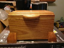 Red Oak Jewelry Box w/hidden Miters (Mother's Day gift) in Fort Polk, Louisiana
