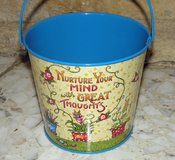 2001 Mary Engelbreit Nuture Your Mind w/Great Thoughts Tin Pail/Bucket Retired in Palatine, Illinois