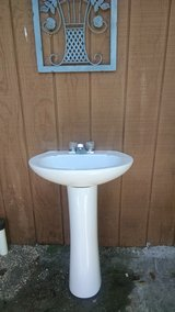 Pedestal Sink in Fort Rucker, Alabama