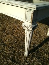 Chalk painted & distressed coffee table - REDUCED in Camp Lejeune, North Carolina
