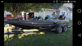 Want to buy non running bass boat in Macon, Georgia