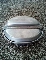 Vintage Combat Military Cooking Pan w/handle & plate in Camp Lejeune, North Carolina
