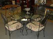 Glass Top Table and 4 Chairs in Goldsboro, North Carolina
