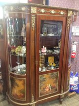 America's Treasures Antique Store Liquidation Auction in Elgin, Illinois