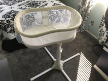 Halo Bassinet Swivel Sleeper in Camp Pendleton, California