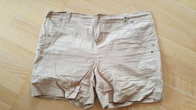 Shorts in Baumholder, GE