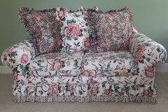 Floral Love Seat in Wilmington, North Carolina