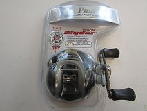 Pinnacle Vision Slyder Baitcast Reel in Cherry Point, North Carolina
