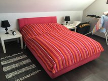 Pink Queensize bed in Ramstein, Germany