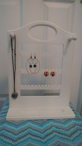 White Jewelry Stand.  Organizer. in Lakenheath, UK