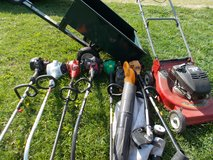 Push mowers, trimmers blower and garden cart in Fort Knox, Kentucky