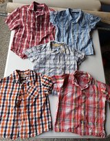 Lot of Boys Short Sleeved Button-Down Dress Shirts, Size 4T in Cherry Point, North Carolina