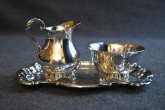 Wm A Rogers Silver Plated Footed Sugar and Creamer Set in Joliet, Illinois