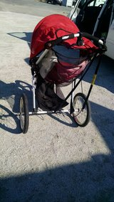 Jogging stroller in Camp Lejeune, North Carolina