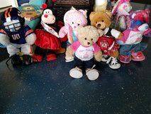 Build a bears in Clarksville, Tennessee