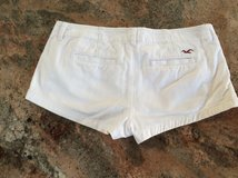 Hollister white cotton shorts size 1w25 in Lockport, Illinois