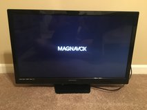 "32"" Flat Screen TV in Warner Robins, Georgia"