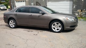Reduced...2011 Chevy Malibu... Great Deal!! in Fort Campbell, Kentucky