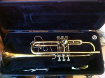 Bach TR300 trumpet with case in Vicenza, Italy