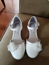 LIKE NEW! Girls Dress Shoes, Size 13 in Fort Campbell, Kentucky