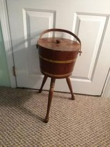 Antique yarn stand for repuposing 15.00 in Baytown, Texas