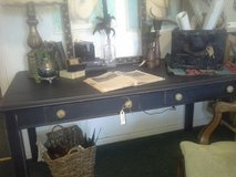 BLACK TABLE DESK in Alamogordo, New Mexico