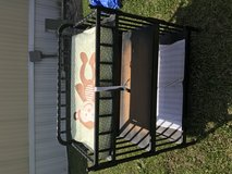 Baby changing table in Camp Lejeune, North Carolina