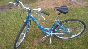 "SHIMANO 28""DIAMONDBACK BICYCLE. VERY NICE. in Camp Lejeune, North Carolina"