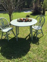 Drop leaf table with 2 chairs in Hinesville, Georgia